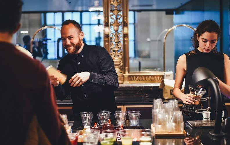 Curso de Técnicas de servicio de alimentos y bebidas en barra y mesa